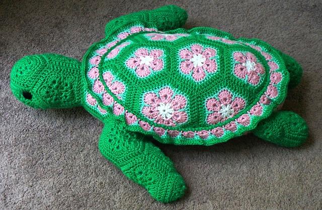 háčkovaná želva
